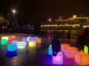 glow cubes